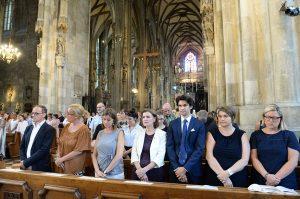 Rund 600 MitarbeiterInnen und Lehrende feierten im Dom zu St. Stephan beim ersten Abschlussgottesdienst gemeinsam Eucharistie.